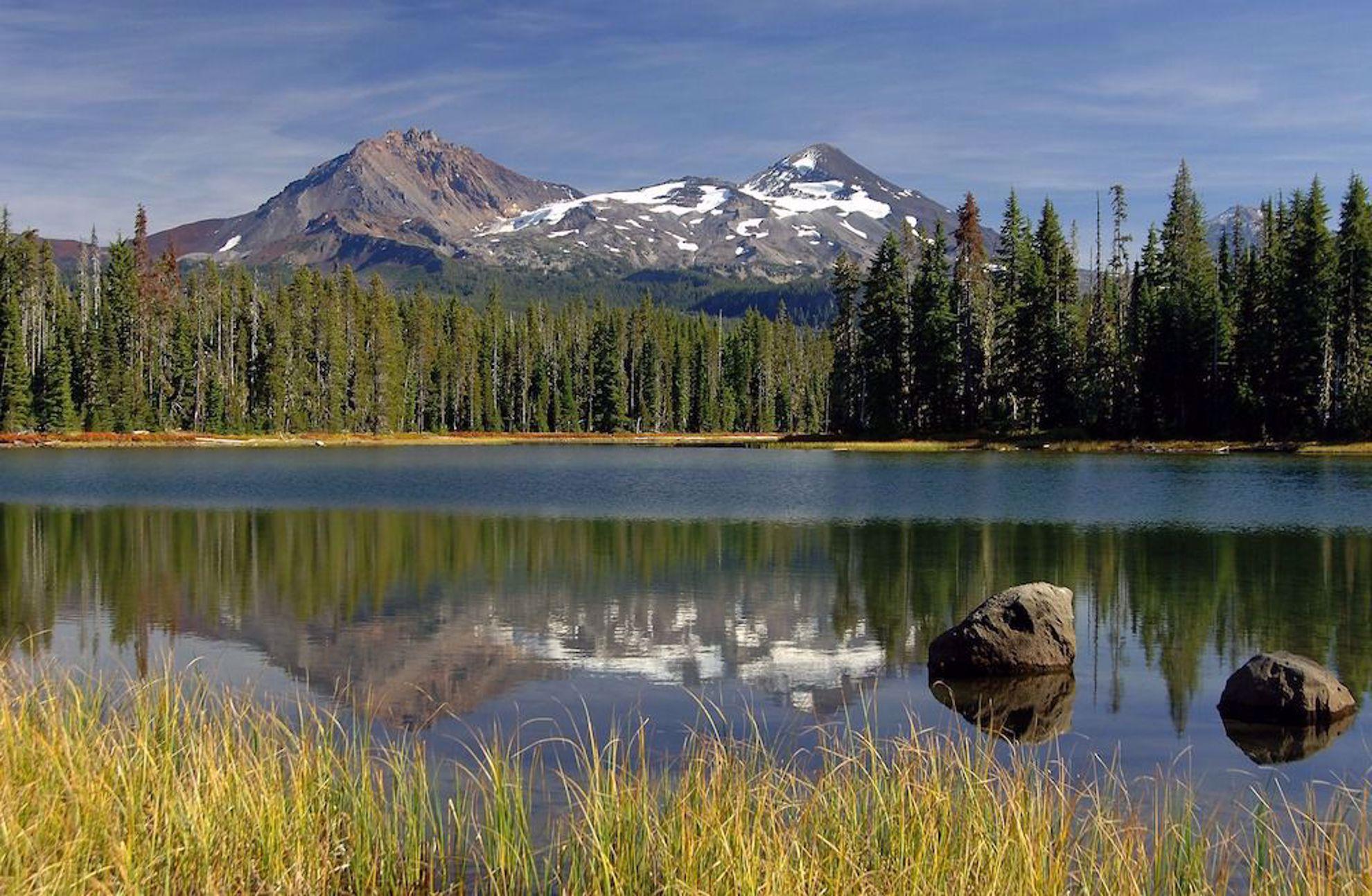 Mountains Sisters, Oregon