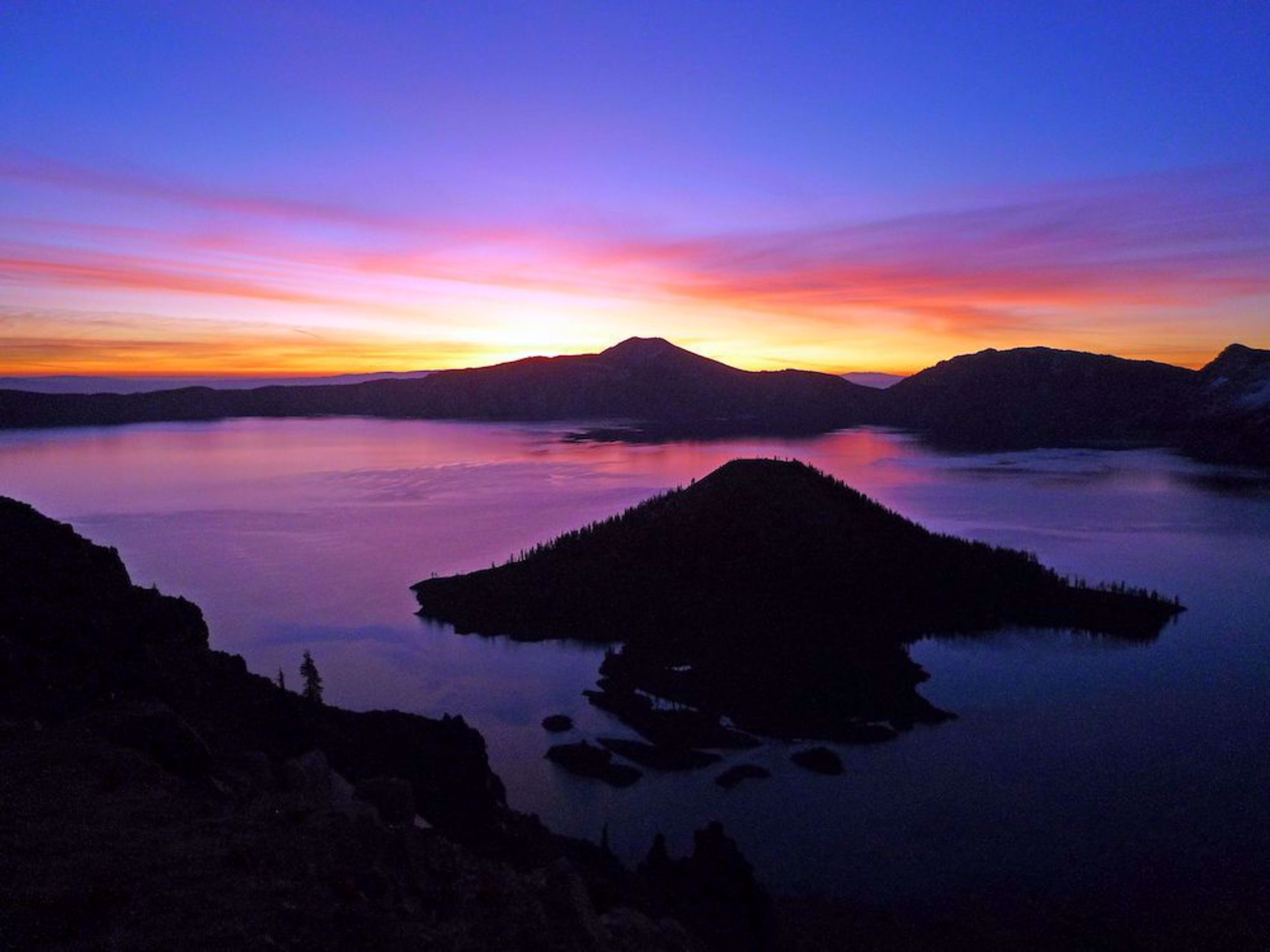 Dramatic colors on Crater Lake