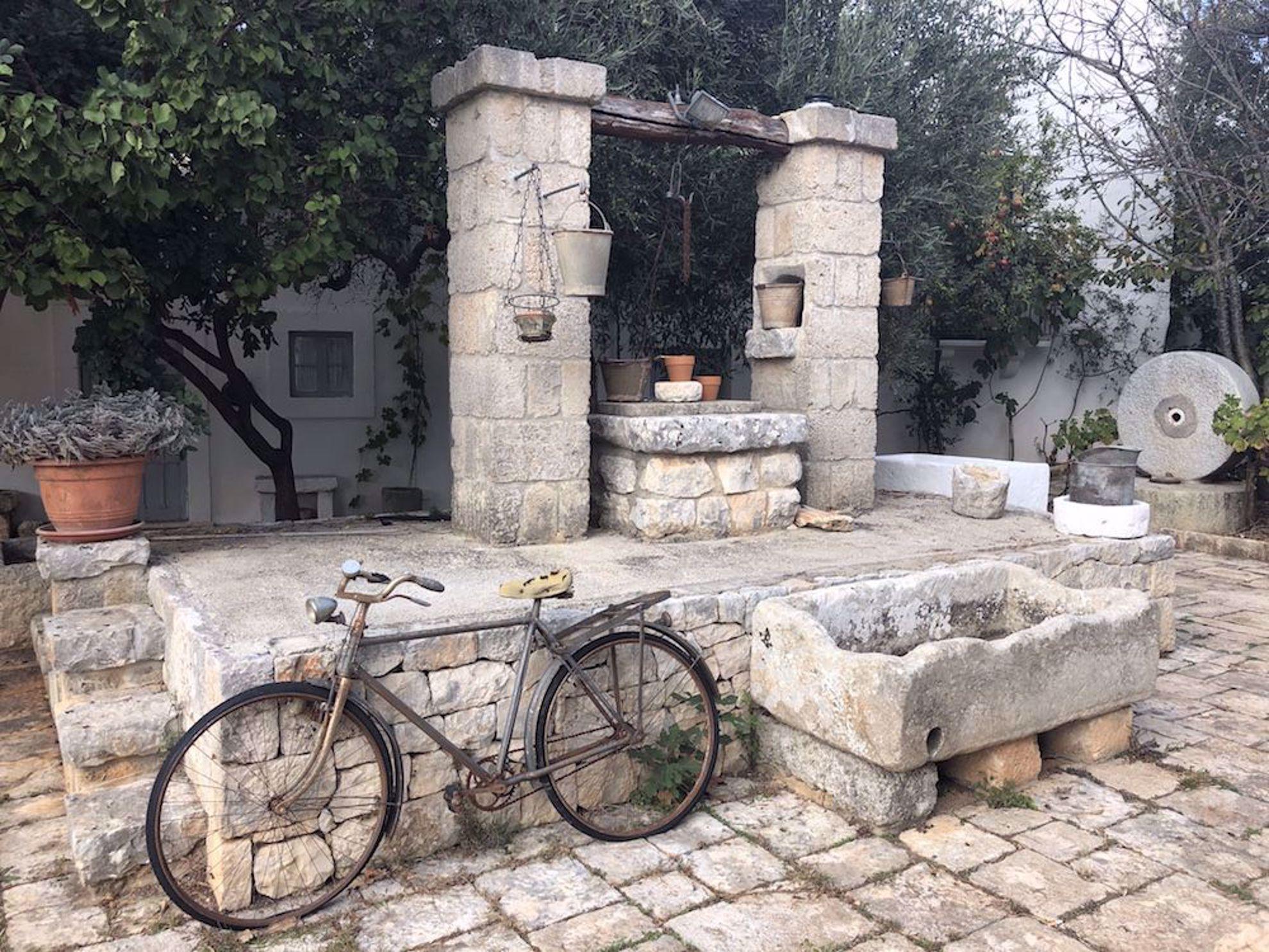 Old bike in Puglia