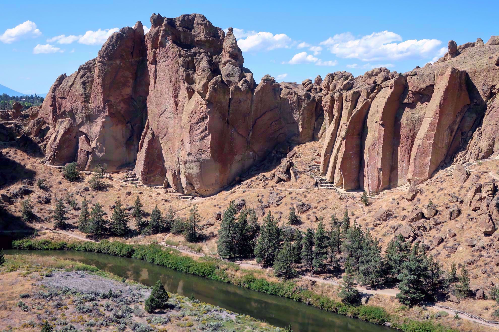 Smith Rock hiking area