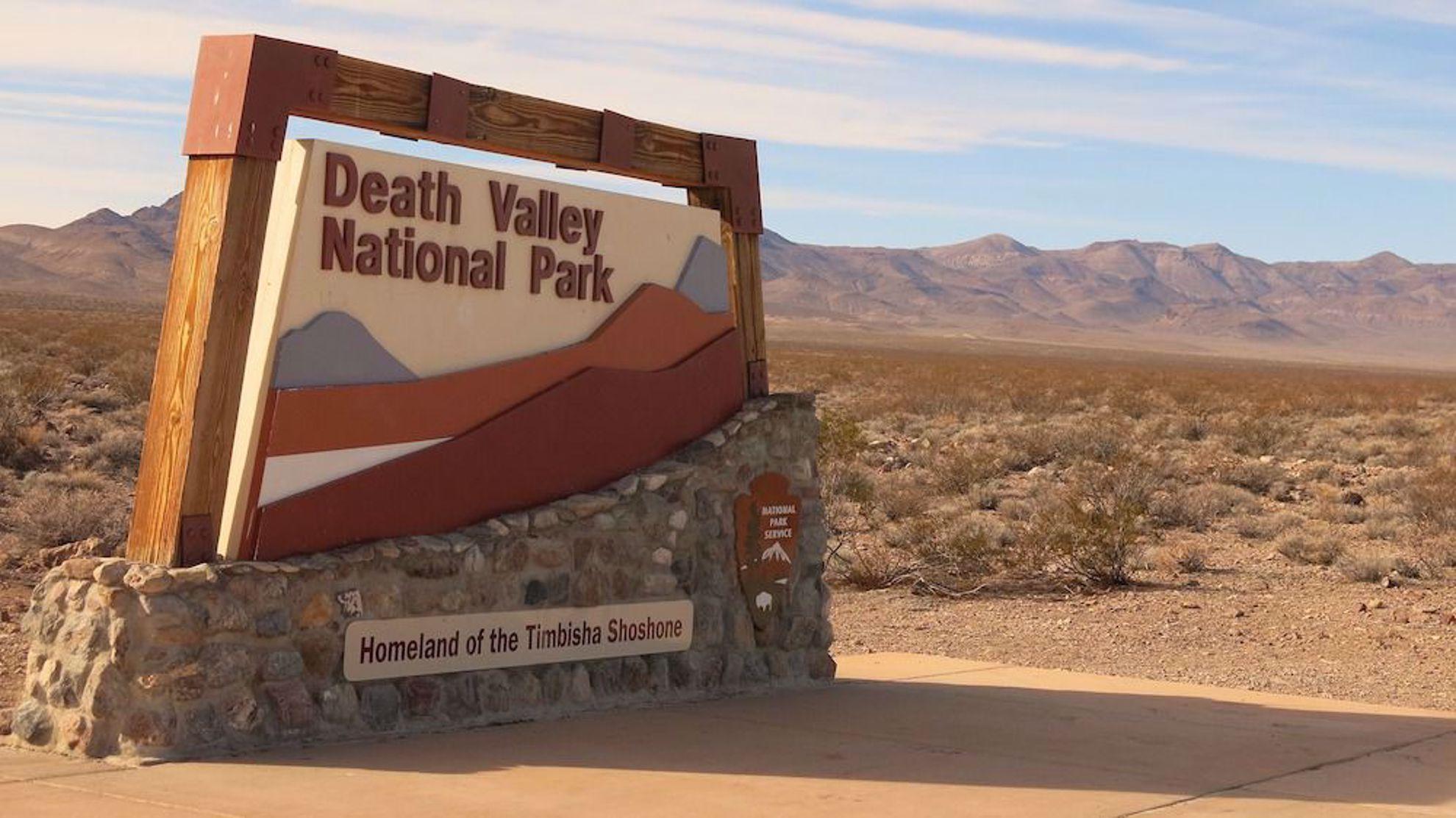 Death Valley park sign